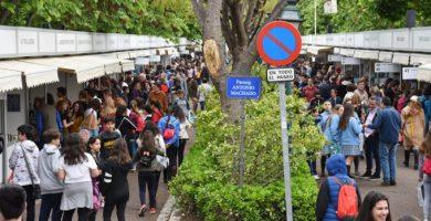 València celebrarà la Fira del Llibre presencial als Jardins de Vivers