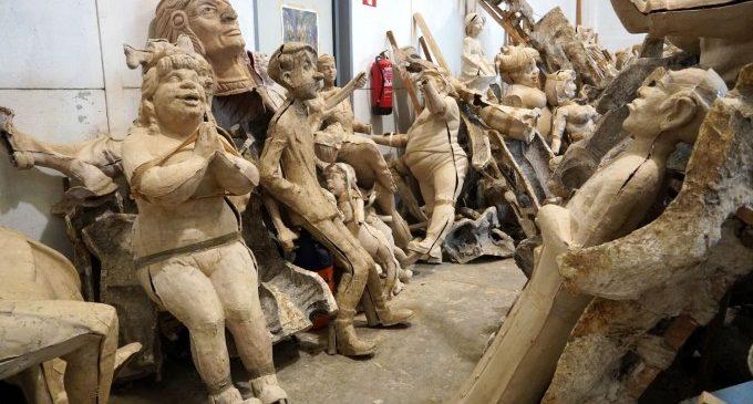 L'IVAM reuneix els sabers de l'art faller tradicional en una trobada sobre la mostra de Lola Lasurt
