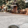 Paterna incrusta en el sòl del carrer Major plaques de bronze amb els 53 llocs de tiradors/as de la Cordà