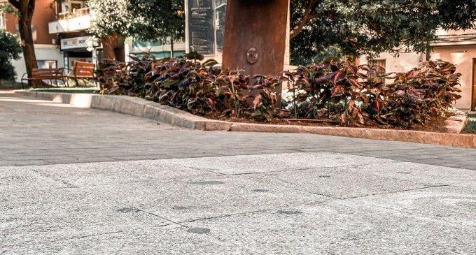Paterna incrusta en el suelo de la calle Mayor placas de bronce con los 53 puestos de tiradores/as de la Cordà