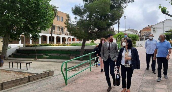 El vicepresident Bielsa visita projectes finançats per la Diputació a la Plana d'Utiel-Requena