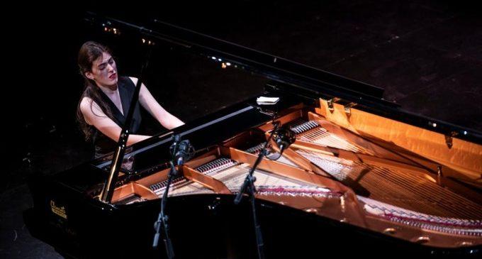 Sis pianistes de Bielorússia, la Xina, Geòrgia, el Japó i Rússia passen a la final del Premi Iturbi