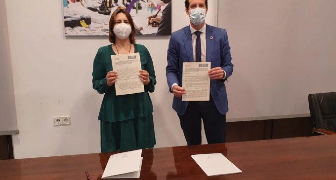 La Generalitat firma un convenio con la FVMP que permitirá la creación de oficinas de atención a las víctimas del franquismo
