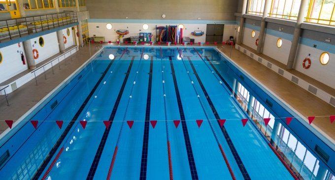 Quart de Poblet inverteix 180.000 euros a rehabilitar i modernitzar la piscina coberta i el pavelló