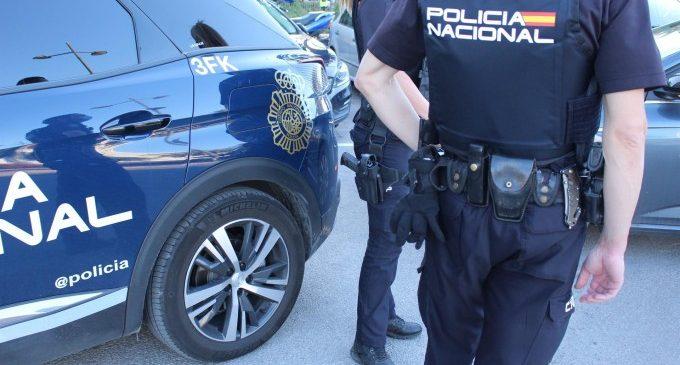 Detingut després d'amenaçar a un vigilant per negar-li l'entrada a un centre comercial de València al no portar mascareta