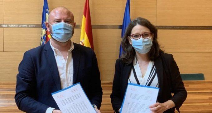 """Oltra: """"El conveni d'Igualtat amb la Diputació de València serveix per a construir el sistema de serveis socials públic en aquesta província"""""""