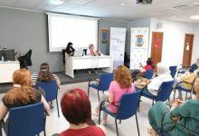 La Diputació i Fevecta impulsaran cooperatives liderades per dones que cuiden a majors i dependents