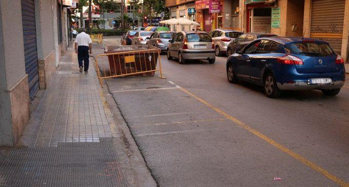 Torrent inicia la reforma del carrer 25 d'abril