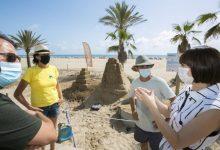 La platja de Gandia acull el Festival d'escultures d'arena monumental