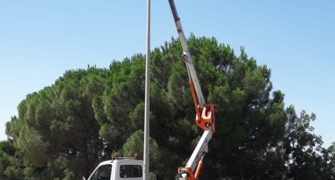 Comença la instal·lació d'il·luminat LED en totes les àrees empresarials de Paterna