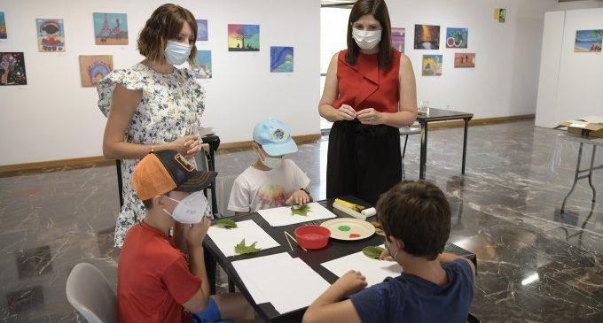 Tornen els tallers per a xiquets i xiquetes al Museu de la Rajoleria  de Paiporta