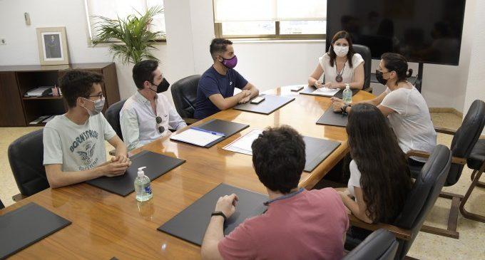 Primeres reunions de presa de contacte de l'alcaldessa Maribel Albalat amb col·lectius de Paiporta
