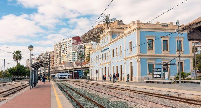 Ferrocarrils de la Generalitat adjudica els treballs d'inspecció tècnica i la redacció dels projectes de rehabilitació d'edificis i estacions