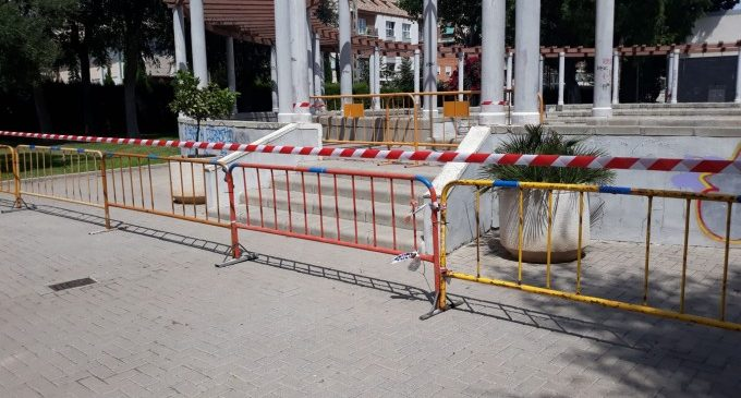 Alfafar tanca espais per a evitar botellons per l'afluència de persones d'altres municipis