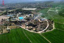 Extingit l'incendi que va obligar a desallotjar aquest dissabte un parc aquàtic de Cullera
