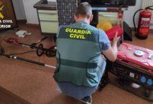 Detingut per robar de nit en segones residències buides de Quatretonda