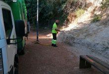Ontinyent procede a la limpieza intensiva de 30 parques públicos, zonas verdes y áreas caninas de la ciudad