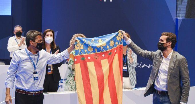 """Casado es """"compromet"""" amb la reforma del finançament, de l'aigua i la """"llibertat lingüística"""""""
