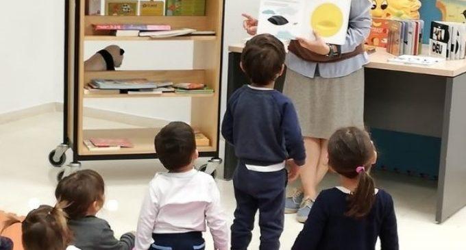 El primer club de lectura municipal a València per a bebés de menys de nou mesos arrancarà en octubre