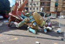 Cau el monument de la Falla Calvo Acacio, de 5a secció