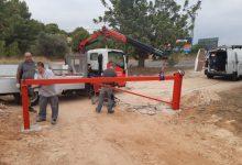 Paterna intensifica la lluita contra els abocaments i instal·la barreres en les travessies del Camí del Comte, Pla del Pou i Els Moles
