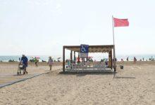 Les platges de El Puig, Puçol i La Pobla de Farnals romanen tancades per segon dia