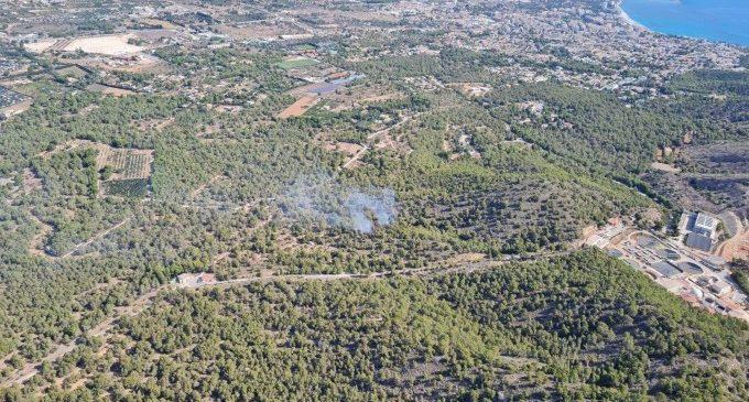 Extinguido el incendio forestal en el parque natural de Serra Gelada en Benidorm