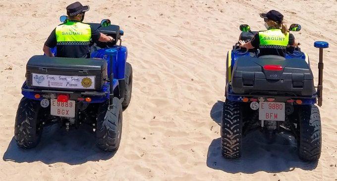 Detingut per tocaments a menors mentre es banyaven a la platja de Port de Sagunt