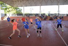 Torneig mixt d'handbol dins del projecte Entrenant la Igualtat de Paiporta