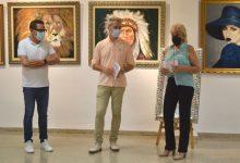 Sedaví inició sus fiestas con la exposición de pinturas de Mercedes Simón