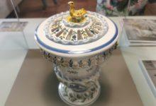 Una exposición para reivindicar el papel de la mujer en el mundo de la cerámica en Manises