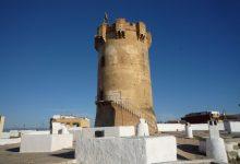 La Torre de Paterna, símbol de la ciutat, compleix 50 anys com a monument historicoartístic
