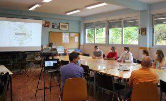 Ontinyent prepara el espacio porque la Conselleria instale los aularios prefabricados de los colegios Martínez Valls y Vicente Gironés