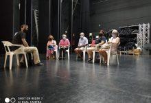 La Escuela Municipal de Teatro de Almussafes inicia las clases del grupo integrado por mayores