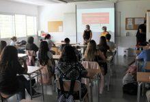 Ontinyent Participa inicia els tallers formatius als instituts de la ciutat