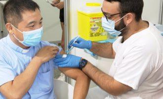 Casi 26.000 personas se vacunan sin cita previa desde que se inició la inmunización abierta hace dos semanas