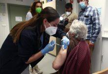 La Comisión de Salud Pública aprueba la dosis adicional de la vacuna a los residentes en centros de mayores